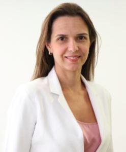 Dra. Ariane Scarlatelli Macedo