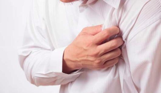 BETA-BLOQUEANTES Y MORTALIDAD POST-INFARTO EN PACIENTES SIN INSUFICIENCIA CARDÍACAN NI DISFUNCIÓN VENTRICULAR