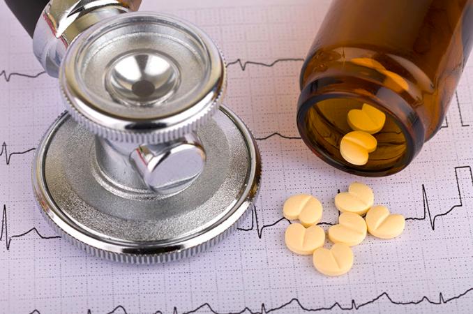 Empagliflozina y eventos clínicos en pacientes con diabetes mellitus tipo 2, enfermedad cardiovascular, y enfermedad renal crónica