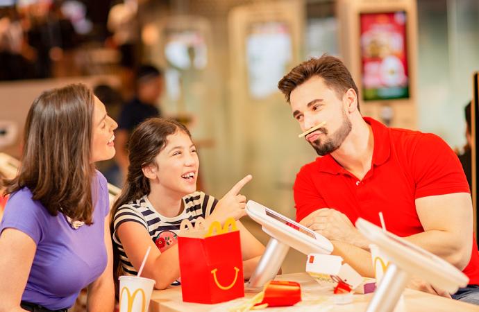 SIAC recibe con entusiasmo el compromiso de McDonald's en América Latina de producir comidas más saludables para los niños